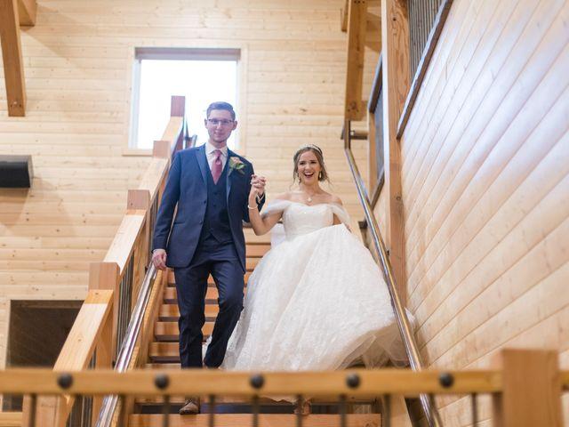 Graylin and Regan's Wedding in Franklin, Ohio 18