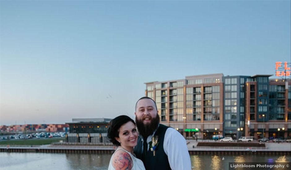 Lindsay and Colin's Wedding in Cleveland, Ohio