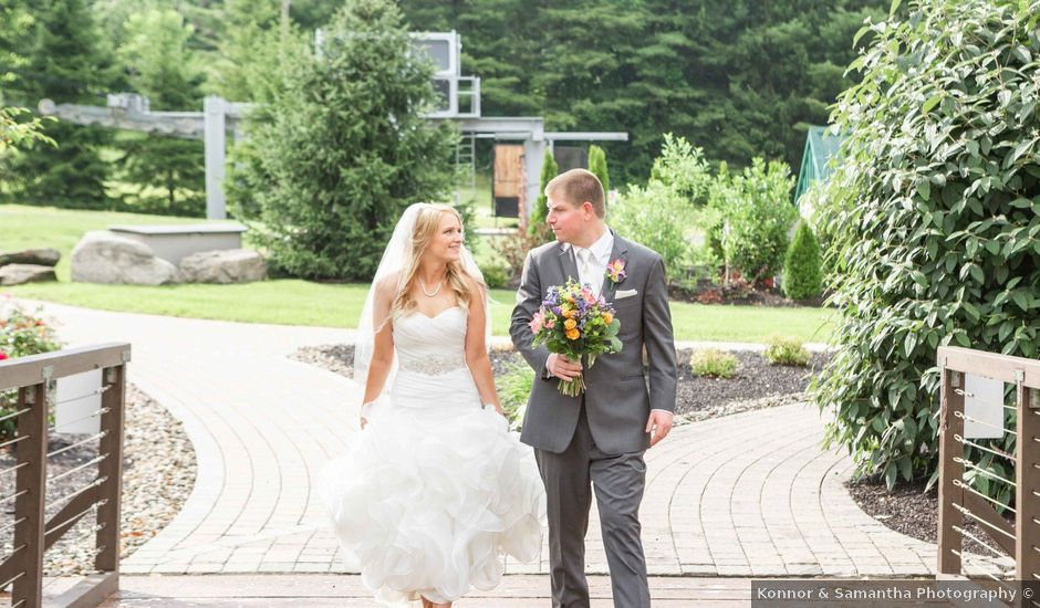Luke and Emily's Wedding in Macungie, Pennsylvania