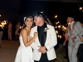 The wedding of Makenzie and Ross 2