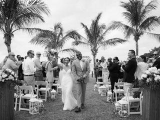 Anthrun and Sarah's Wedding in Somerset Village, Bermuda 3