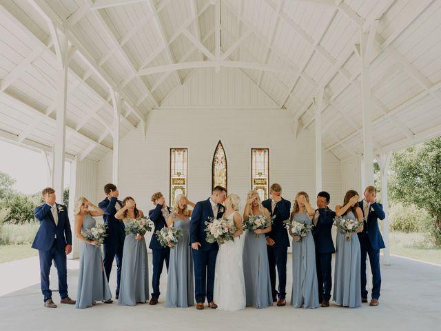 Madison and Grant's Wedding in Wichita, Kansas 11