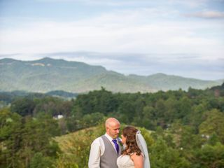 Donny and Hayli's Wedding in Townsend, Tennessee 13
