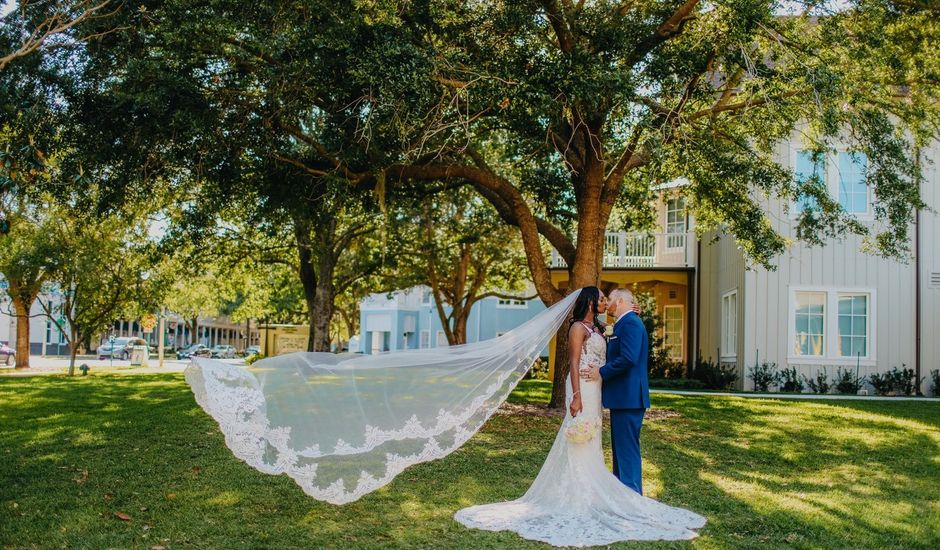 Mitchell and Samantha 's Wedding in Orlando, Florida