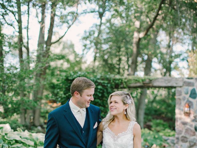 Ashley and Dave's Wedding in Green Bay, Wisconsin 6