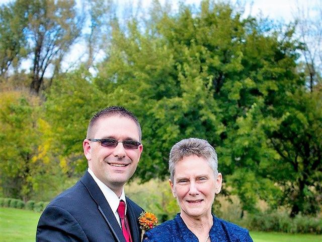 Catherine and Christopher's Wedding in Waseca, Minnesota 11