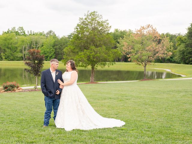 Danielle and Kevin's Wedding in Lynchburg, Virginia 9