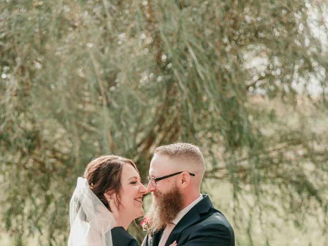 Chris and Elisha's Wedding in Waldorf, Minnesota 23