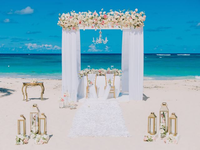 Thomas and Mallory's Wedding in Punta Cana, Dominican Republic 4