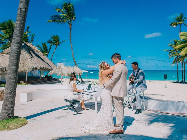 Thomas and Mallory's Wedding in Punta Cana, Dominican Republic 5