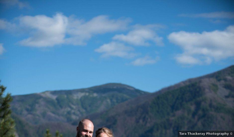 Zach and Samantha's Wedding in Stevenson, Oregon