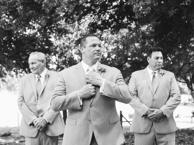 Wayne and Keisha's Wedding in New Braunfels, Texas 12