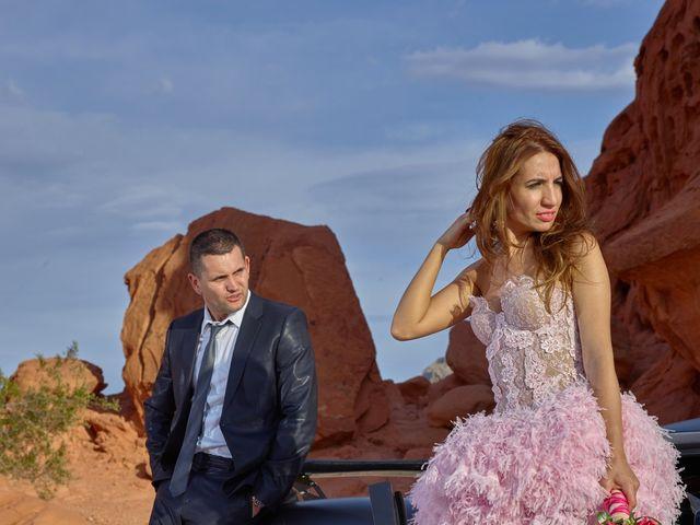 Roland and Kinga's Wedding in Las Vegas, Nevada 32