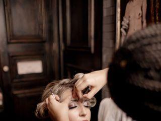 Mademoiselle Salon 6