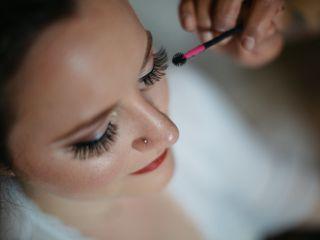 Nicole Laughlin Makeup Artist 7