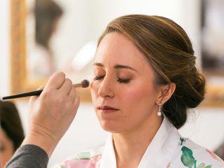 Lisa Teller | Makeup Artist 3