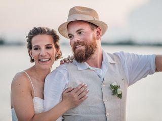 The Wedding Traveler 4