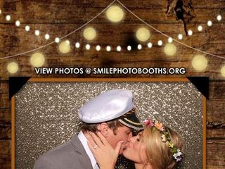 Smile Photo Booths 1