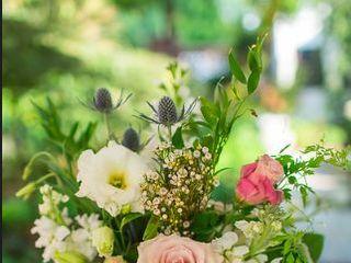 Brides & Bouquets 5