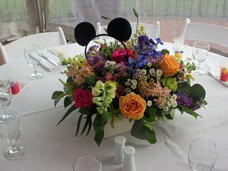 Leslie Hartig Floral Designs 5
