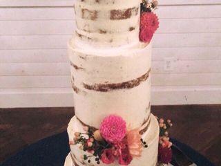 LW Cake Design 2