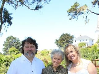 Nansee New Mendocino Wedding Officiant 1