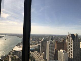 Detroit Marriott at the Renaissance Center 1