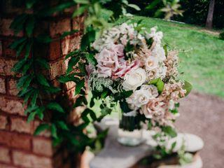 Vintage Floral Design 1