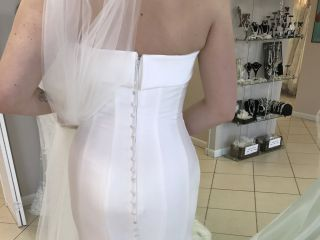 Loretta Bridal Boutique 6