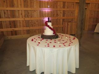 Vintage Cakes & Catering 2