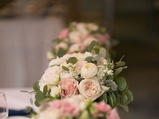 Wedding Flowers by Robyn at Rohsler's Allendale Nursery & Florist 2