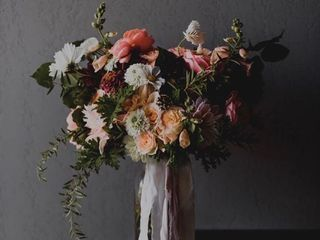 Laurel Creek Florals 3