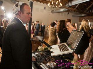 KM DJ Company 1