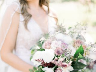Sacred Romance Floral Design & Event Planning 4