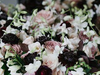 Hacman Floral 2