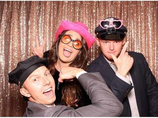 Smiley Photo Booths 7