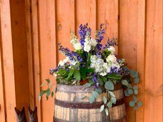 Dale's Designs & Florals 3
