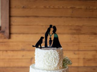 Sweet Promises Wedding Cakes 3