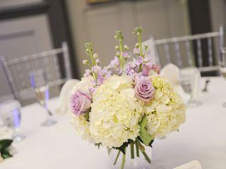 Fleur-tatious Floral Design 6