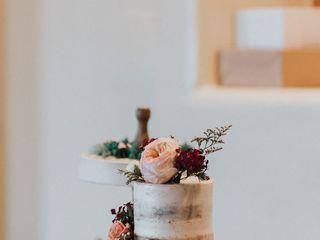 Ambrosia Cakes 6