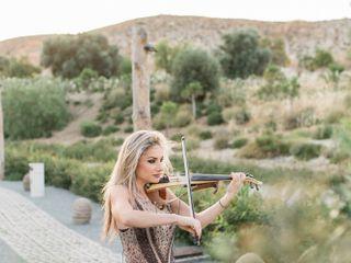Leida - Classical & Electric Violin 3