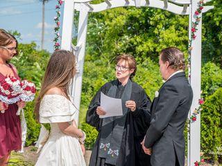 Deana Vitale - The Wedding Officiant 4