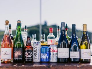 Bottles & Ice, Bar Service 1
