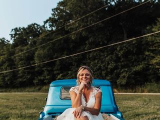 La Blanca Bridal Boutique 2