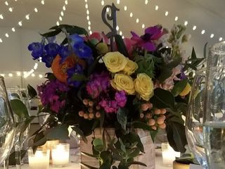 Robertson's Flowers & Events 7