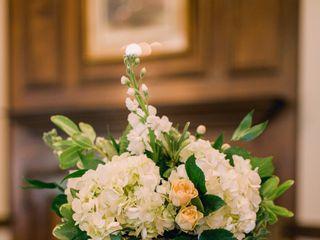 Darin Jones Floral Designer 2