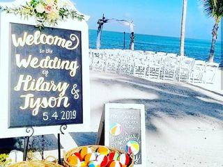 Postcard Inn Beach Resort & Marina 4
