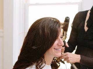 Lari Manz Hair & Makeup 1