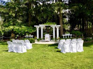 Villa Rose Gardens 4