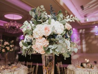 Yumila Wedding and Events floral design 3